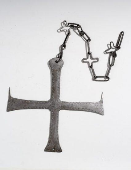 Σιδερένιος σταυρός - κηροπήγιο